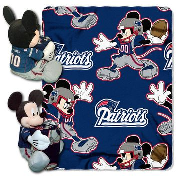 New England Patriots Mickey Mouse Hugger with Throw Blanket