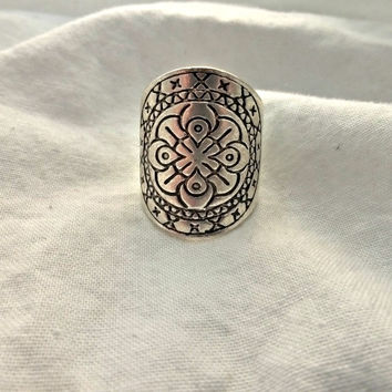 Flower silver ring, silver jewelry. Large ring with detail. Bohemian fashion accessories.