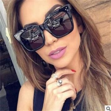 Women Fashion square Sunglasses women cat eye vintage retro black Sun Glasses clear lens large frame Female Shades oculos gafas