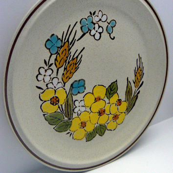 Floral Expressions Hearthside Stoneware Dinner Plate Springtime Pattern Handpainted Japan Vintage Dinnerware Yellow Blue Flower