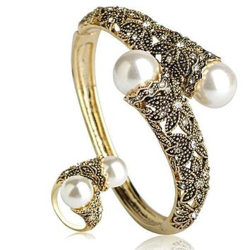 Classic Large White Pearl Wide Bangle Ring Set