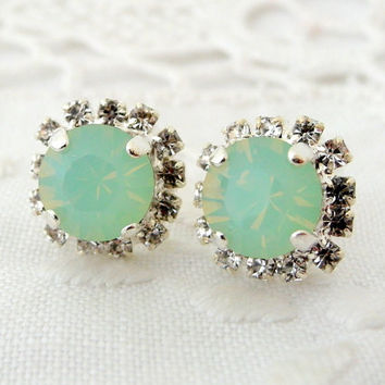 Mint green & clear Swarovski rhinestones stud earrings, Bridesmaid gifts, Aqua mint silver stud earrings, Crystal earrings, Bridal earrings