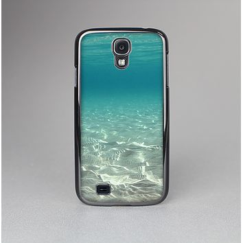 The Under The Sea Scenery Skin-Sert Case for the Samsung Galaxy S4