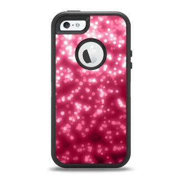 The Glowing Unfocused Pink Circles Apple iPhone 5-5s Otterbox Defender Case Skin Set