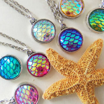 Mermaid necklaces, mermaid necklace, mermaid jewelry, mermaid gifts, mermaid party favors, mermaid scale, mermaid charm, sitting mermaid