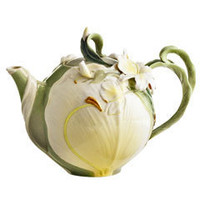 Product Details - Ginger Lily Teapot