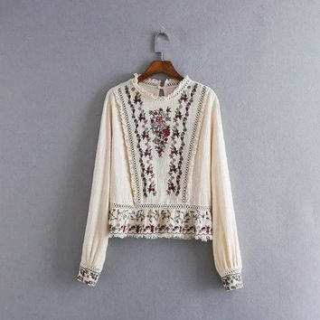 2016 Autumn Ol Fashion Stand   Collar Lace Shirt Embroidered Blouse For Women