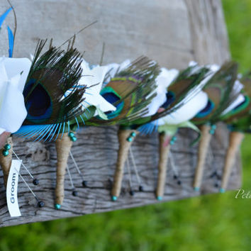 Turquoise Peacock Flower Boutonniere set, Peacock Feather Wedding Party Flowers, Rustic Groomsmen Flowers, Wedding Party Flowers