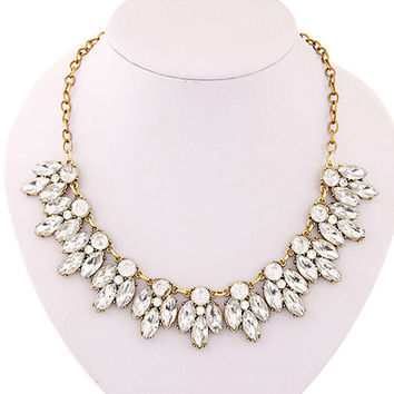 Splendid Womens Bib Statement Luxury Rhinestone Necklace for a Classic but Elegant Design 52MW