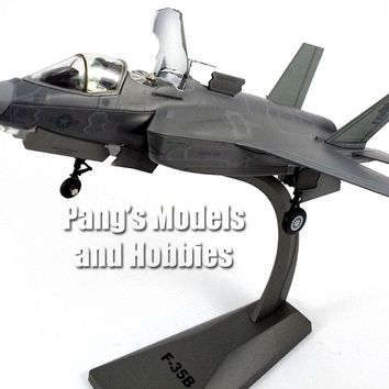 Lockheed Martin F-35 (F-35B Marines STOVL) Lightning II VMFAT-121 Green Knights 1/72 Scale Diecast Model by Air Force 1