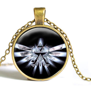 Zelda Triforce Necklace Legend of zelda pendant personality silver round glass dome necklace Jewelry women men 2015 C1