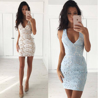 Halter V-Neck Sleeveless Backless Crochet Lace Bodycon Dress