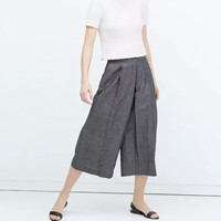 Wide Leg Pleat Zippered Pocket Pants