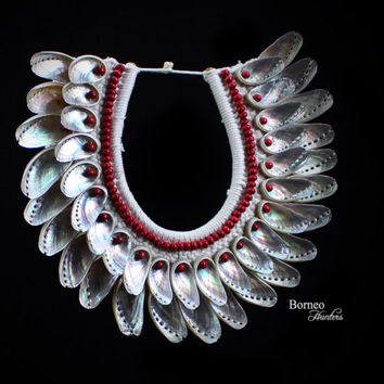 Iridescent Silver Shells Necklace With Inner Collar Of Red Wood Beads. Bohemia Woven Shell Summer Beach Body Jewelry; Home Decor Accent