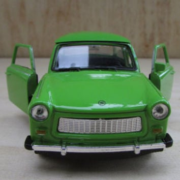 Vintage Metal Toy Trabant 601, East German Trabant Green Car Toy 601 Toys Welly, Green Metallic Trabant Model 601, Toy Collectibles