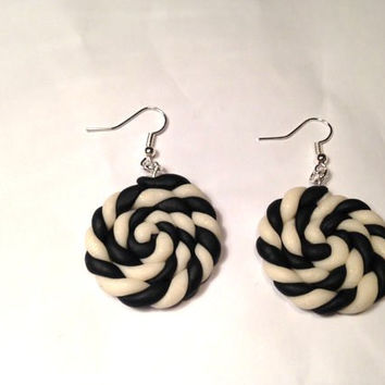 Spiral Swirl Earrings Woman christmas gift Handmade African jewelry Tribal yin yang Jewellery Hand made jewelry meaning black white earrings