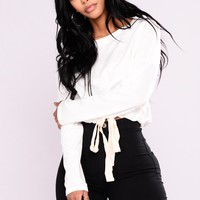 Frontline Crop Sweatshirt - Soft White