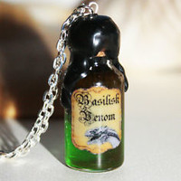 Basilisk Venom in a Glass Bottle Potion Pendant Necklace. Harry Potter