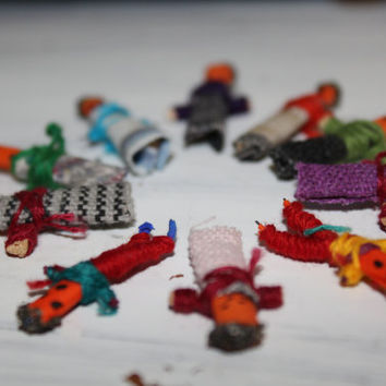 Worry Dolls, Mexican Prayer People, Locket Wishing Doll Set of 10 FREE US Shipping