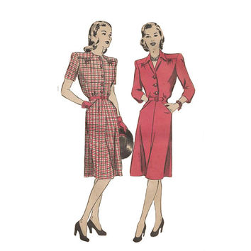 1940s Lovely Dress With Padded Shoulders Hollywood 1550 Bust 36 Vintage Sewing Pattern