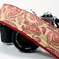 dSLR Camera Strap with pocket, Maroon and Cream Paisley, SLR