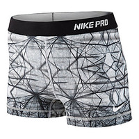 "Women's Nike 2.5"" Pro Hypercool Compression Printed Short 