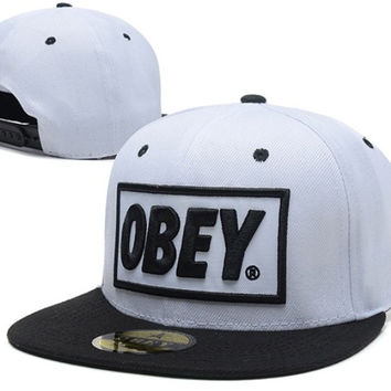 Obey Black White Snapback