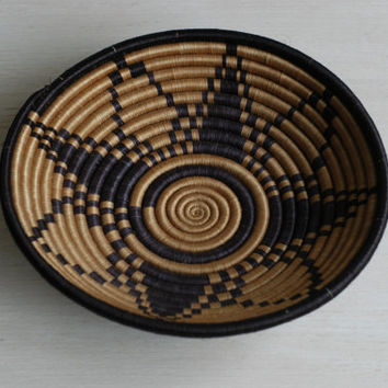 Vintage Woven Basket in Black and Tan