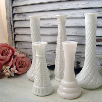 Vintage Milk Glass Bud Vases, Set of 5 Milk Glass Vases, White Bud Vases, Shabby Chic Wedding Decor, Cottage Chic