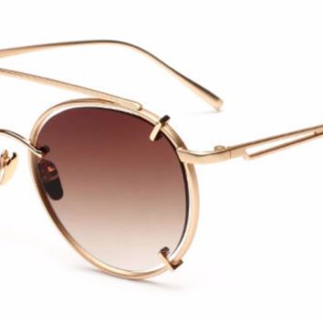 'Trendsetter' Retro Aviator Shades - Gold