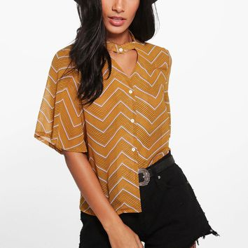 Cassey Chevron Print Choker Short Sleeved Shirt | Boohoo