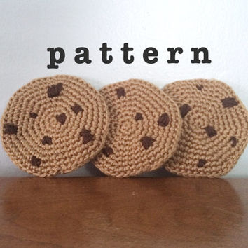 Amigurumi Cookie PATTERN - Crochet Patterns - Chocolate Chip Cookie Pattern - Crochet Food Pattern - Easy Crocheting Patterns