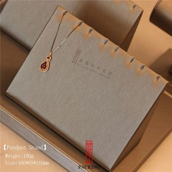 International Brand Style Jewellery Display Fashion Silver  Luxury  Show Pendants Necklace Jewelry Display Stand