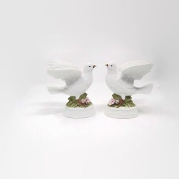 Vintage Napcoware Bisque Porcelain Dove Bird Figurine, White Wedding Doves
