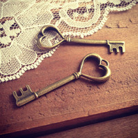 4 - Skeleton Key Charms, Antique Bronze, Heart Key, Vintage Jewelry Supplies