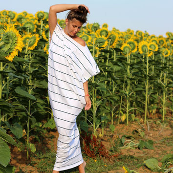 XXXXL XXXL Black and White oversized plus size elastic cotton caftan dress/Cover up Dress /Sun dress/Casual dress/Everyday dress