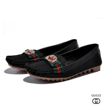 GUCCI Woman Fashion Slip-On Flats Shoes1