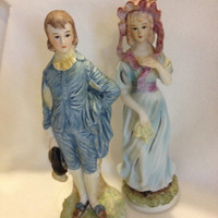 Ardco Fine quality Dallas figurines, Made in Japan, Pair of figurines representing colonial times