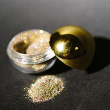 Glitter Eyes 24 Caret Gold Dust Glitter