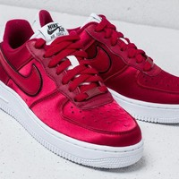 Nike Air Force 1 Low '07 SE Wine Red Sneaker AA0287-602