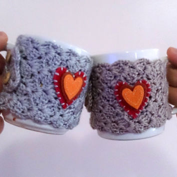 Couple gifts, mug cozy warmer, adjustable cup cozy, cup warmer, all in one, with felt heart applique, gift for couple, crochet cup cozy