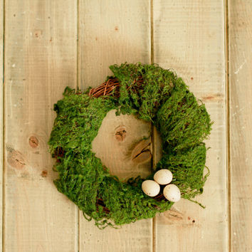Moss Easter Table Wreath