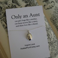 AUNT NECKLACE // Aunt Sterling Silver Gift // Gift for Aunt // For Aunt Sterling Silver Necklace.  Aunt Gifts