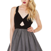 Black Bow Back Striped Flare Dress - Sheinside.com