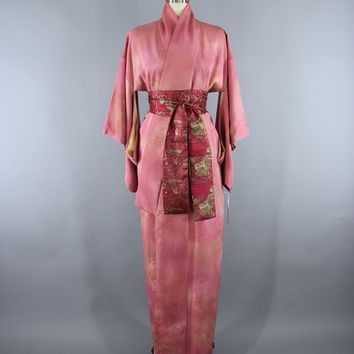 1960s Vintage Silk Kimono Robe in Ombre Pink Floral