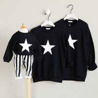 Family Star Printed Matching Clothes Mother And Daughter Outfits Baby Coat Hoodies father son matching clothes shirts boys tops