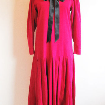 Vintage 1980s Laura Ashley Dress Red Corduroy Cotton Black Satin Bow Sailor Collar 8US