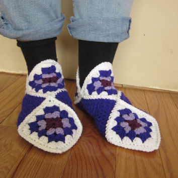 womens slippers, crochet slippers, granny square, ladies slippers, purple shoes, mauve shoes, crochet shoes, crochet socks, house shoes