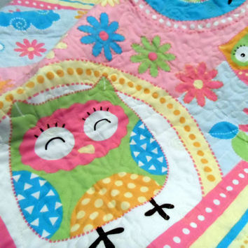 Owls Baby Cot Quilt - Handmade in Australia - Baby quilt - Colorful Patchwork quilt - Cot throw - Lap quilt - Child bed quilt