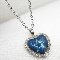 10pcs/lot America Football Team Dallas Cowboys Heart Necklace Pendant Jewelry With Chains Necklace DIY Jewelry Sports Charms